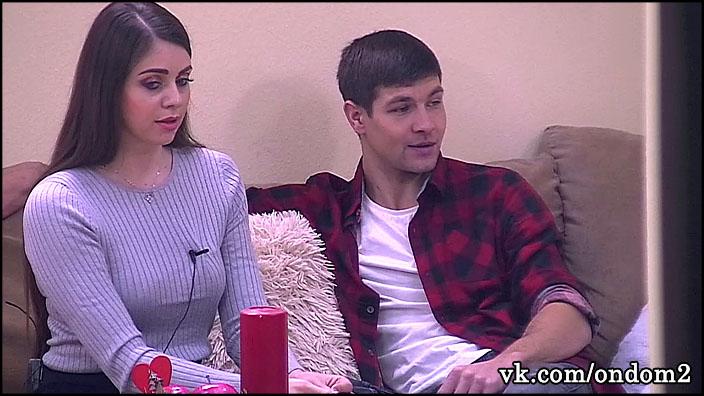 Подруга Дмитрия Дмитренко за периметром рассказала когда он разведётся с Ольгой Рапунцель.