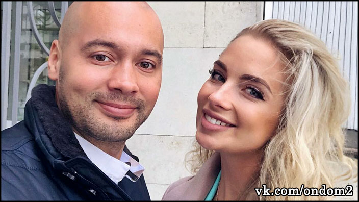 Выложено фото роскошного обручального кольца, которое Андрей Черкасов купил Кристине Ослиной.