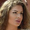 <b>Участницу-драчунью отправили за ворота + её фото</b>