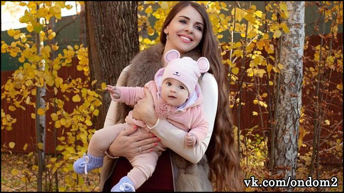 Ольгу Рапунцель поймали на вранье насчёт маленькой Василисы Дмитренко.