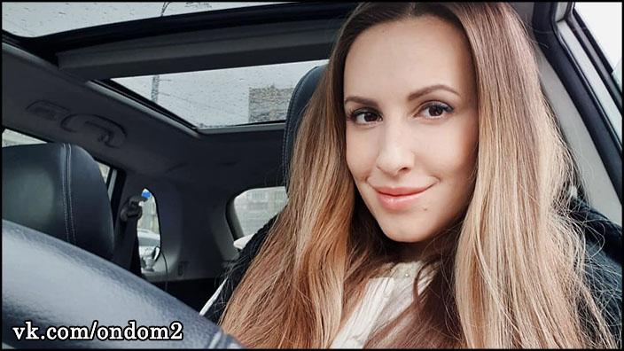 Ольга Гажиенко долго скрывала, а вчера показала огромный живот + фото