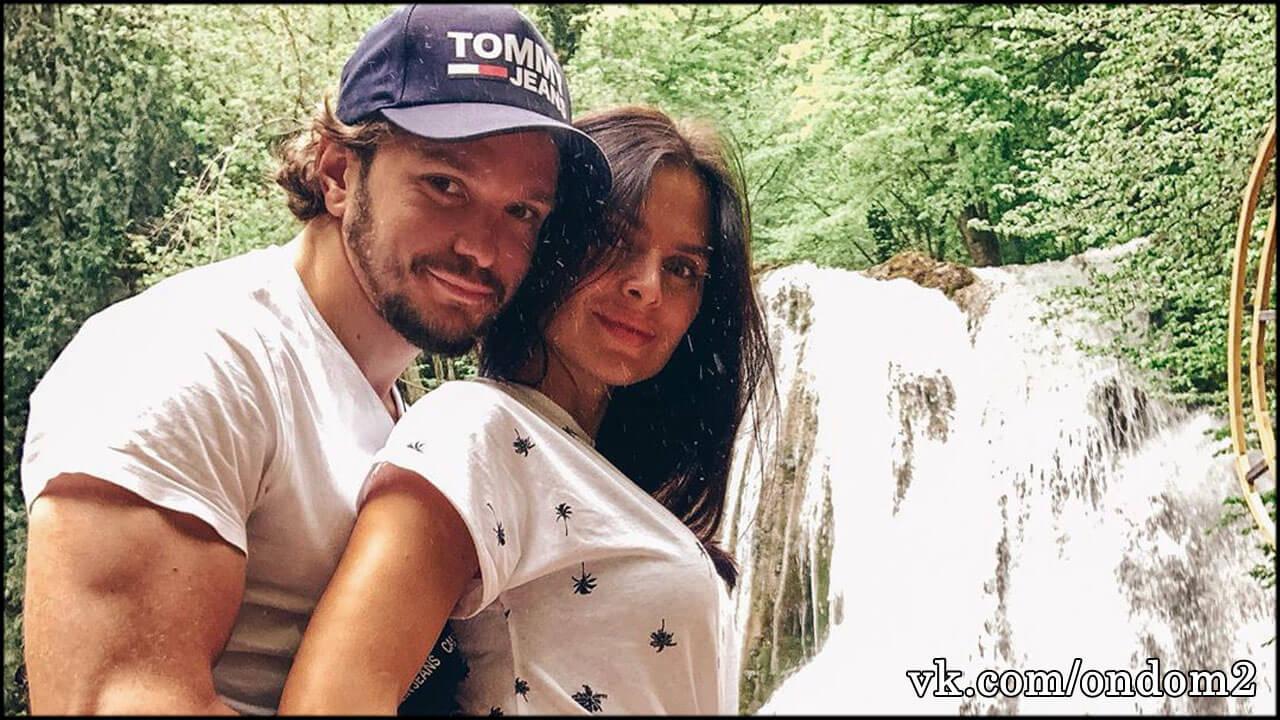 Романец удалила случайно сделанное фото голого Антона Гусева, но уже поздно