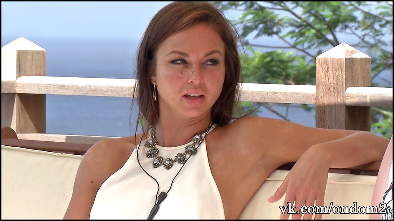 Все обсуждают, как Настя Лисова во время беременности удовлетворяла мужа