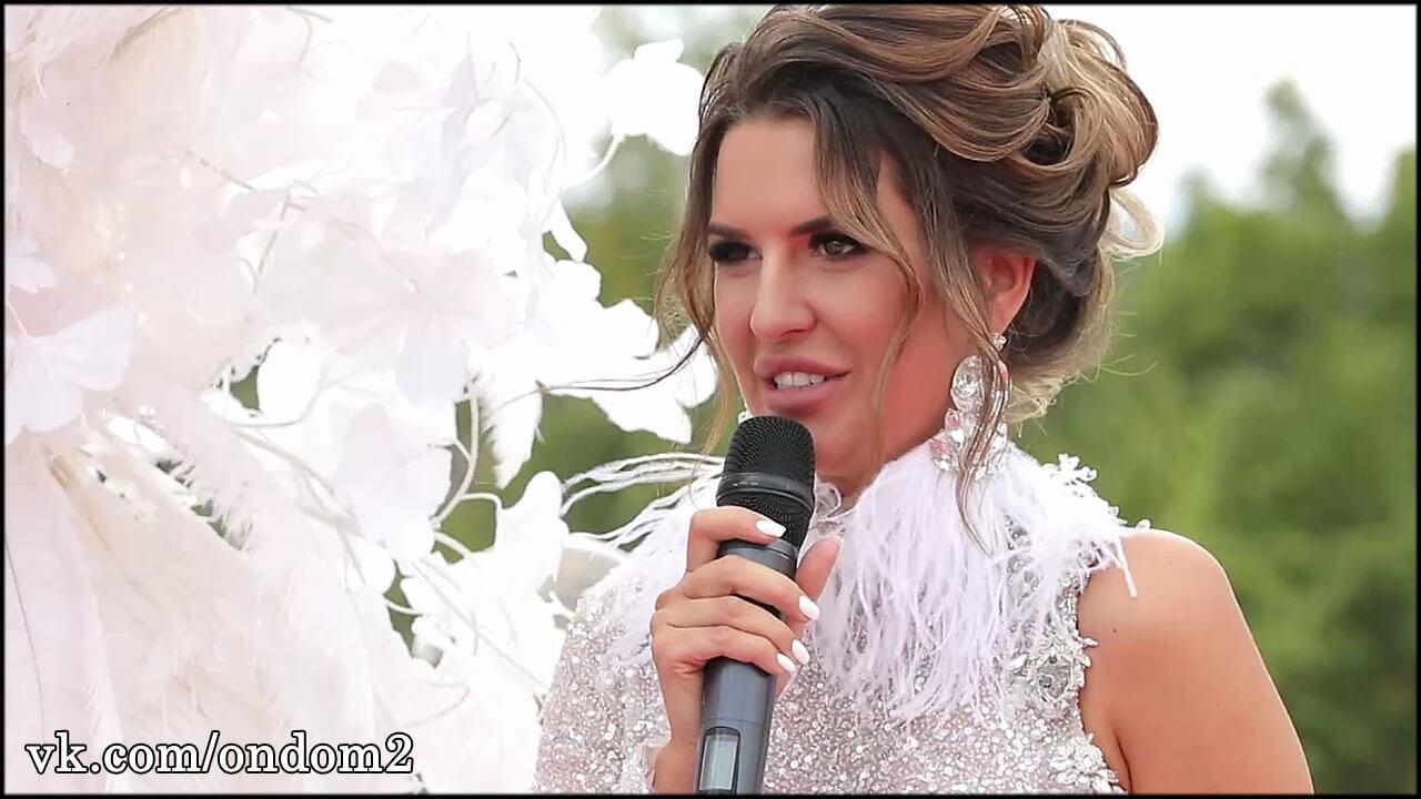 После свадьбы Майя Донцова расслабилась и перестала следить за собой + фото