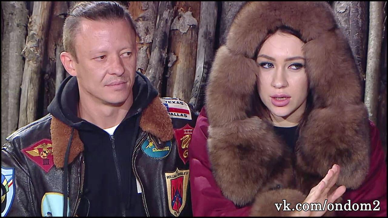 Пока Роман Макеев нянчит ребёнка Савкиной, с его собственным сыном случилась беда.