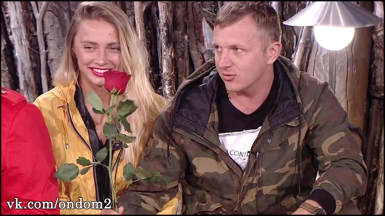 Рита Ларченко соблазняет Яббарова новыми пикантными фото