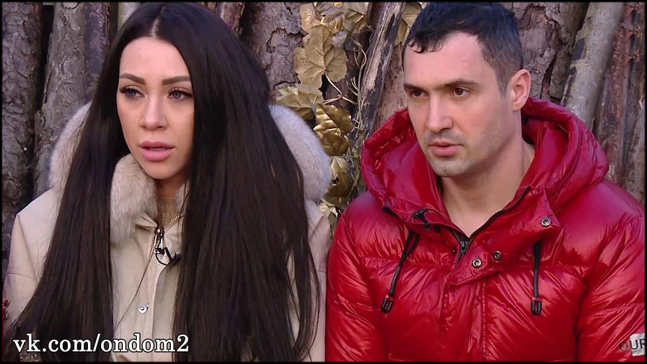 Денис Мокроусов не хотел обидеть Савкину, но проговорился о проблемах в постели