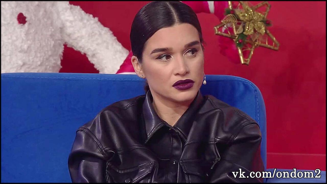 Безумная блогерша катком прошлась по детям Ксении Бородиной