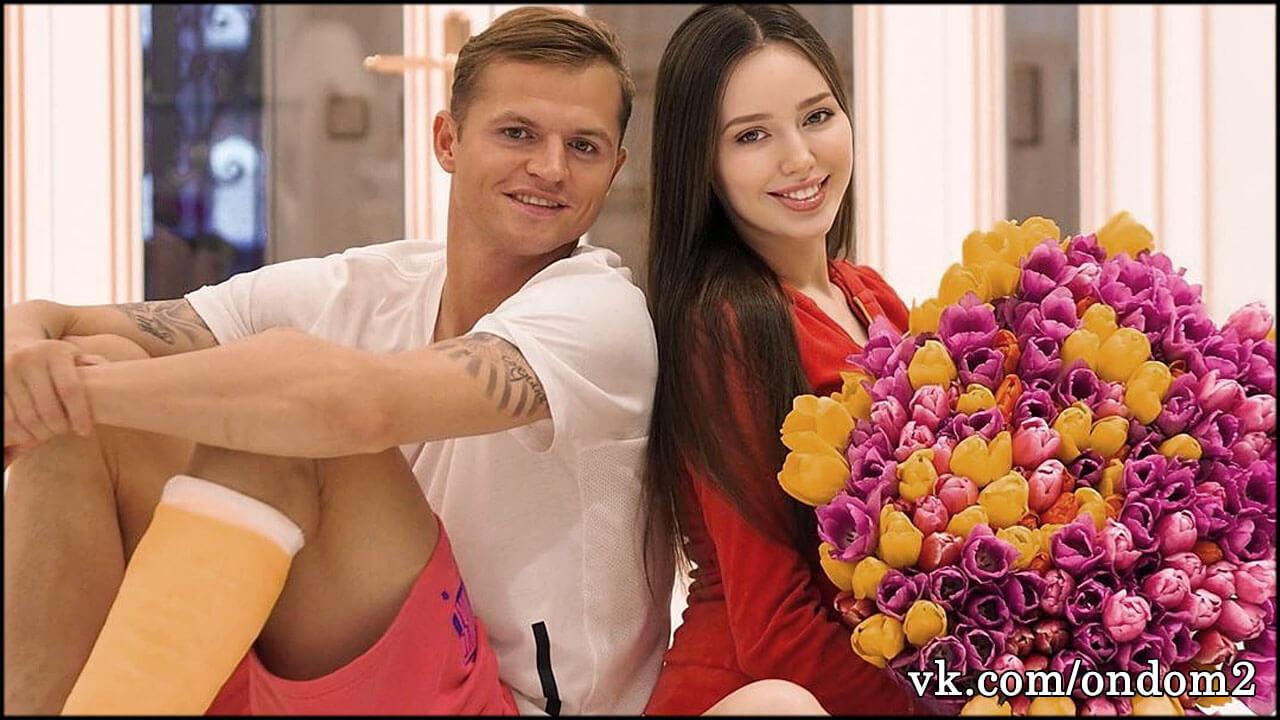 Костенко выложила пост с настоящей причиной продажи коттеджа, но Тарасов заставил всё удалить