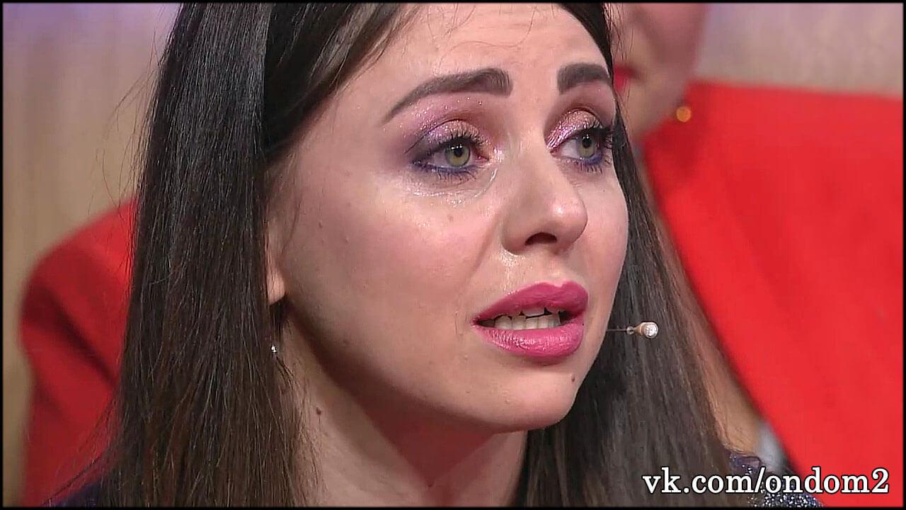 Известен размер премии, которую платят участникам дома 2 за слёзы на лобном