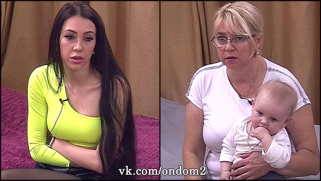 Раздраженная Савкина выкинула вещи Татьяны Владимировны и Богдана из своей комнаты