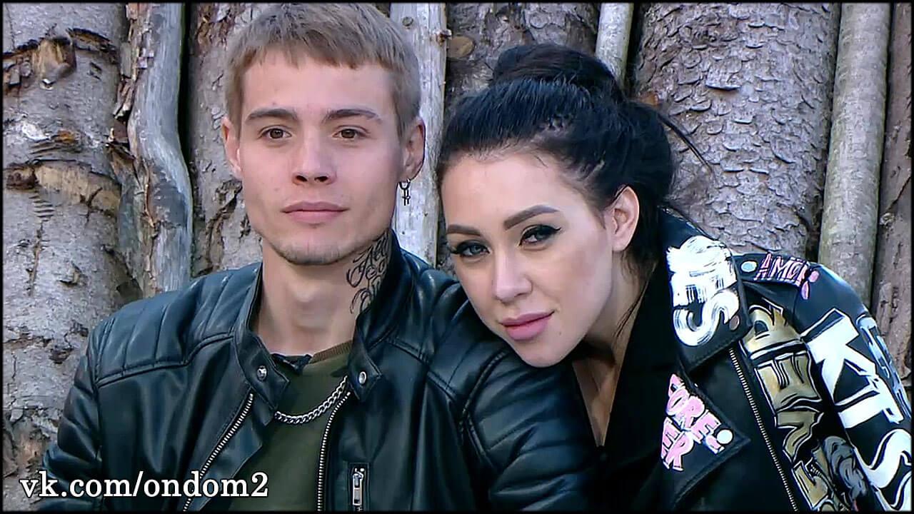 Алёна Савкина и Максим Колесников уже во Владивостоке + видео