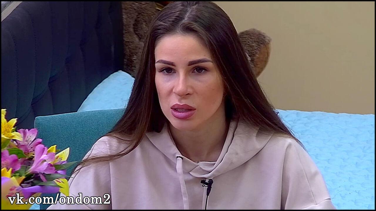 Выложено первое видео Анастасии Голд после неудачной операции