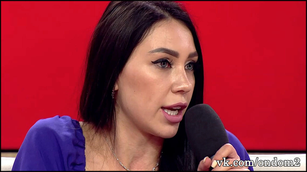 Взволнованная Алёна Савкина моментально опровергла последние слухи