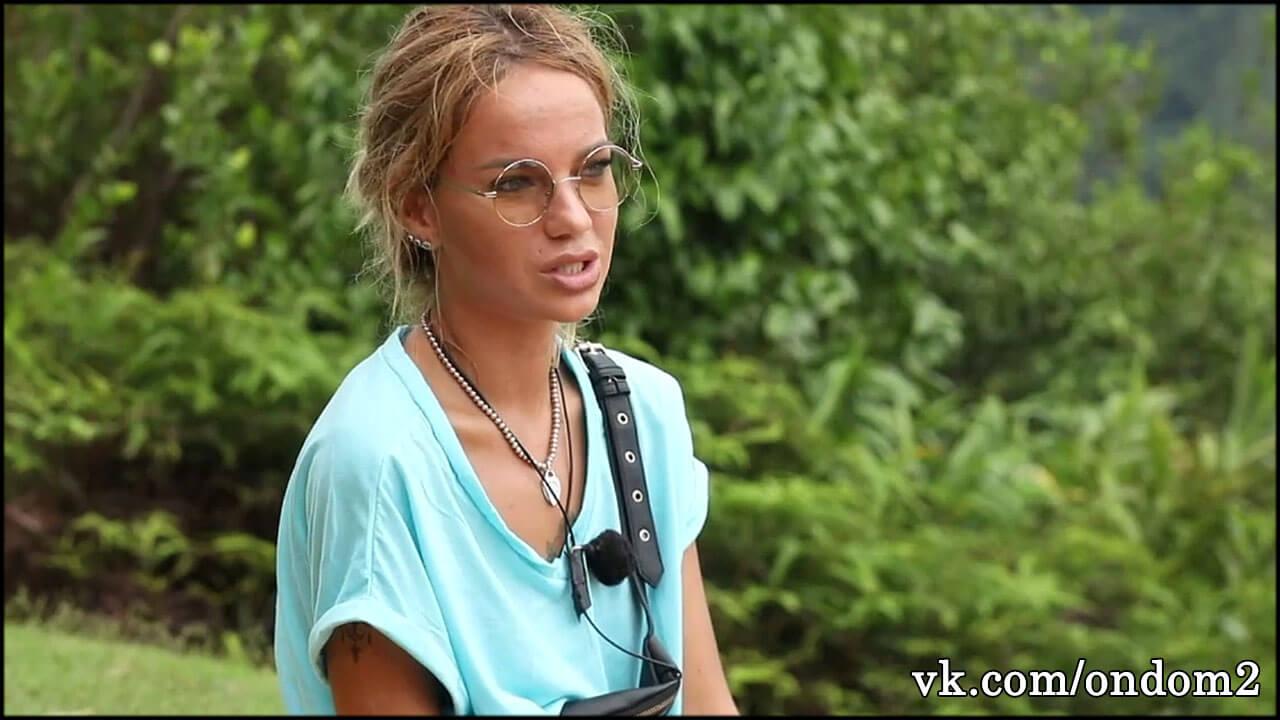 Без фотошопа все увидели покрытое огромными угрями лицо Юли Щегловой + фото
