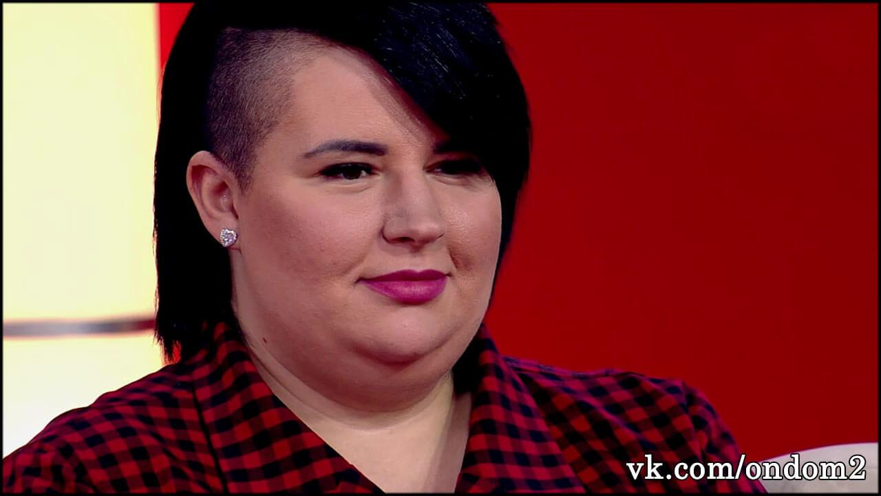Якобы похудевшая Черно за праздничным столом выглядела сверх огромной + фото