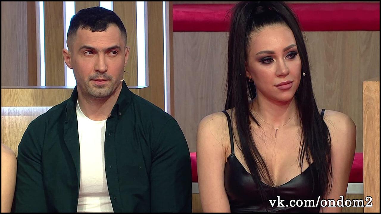 Впервые после Дениса Мокроусова у Алёны Савкиной появился личный массажист + его фото