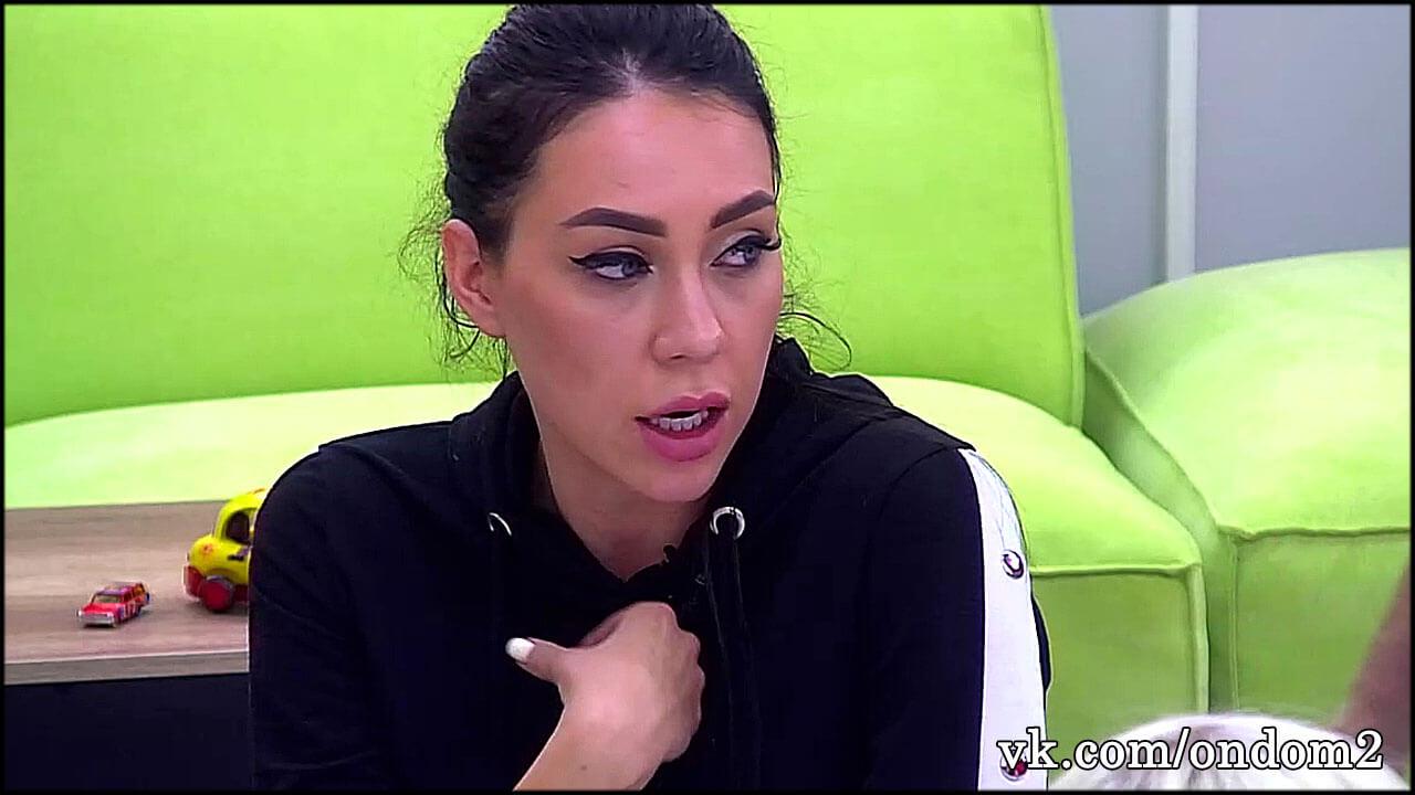 Парень, с которым Савкина жила после ухода с проекта, обвинил её в венерической заразе + видео