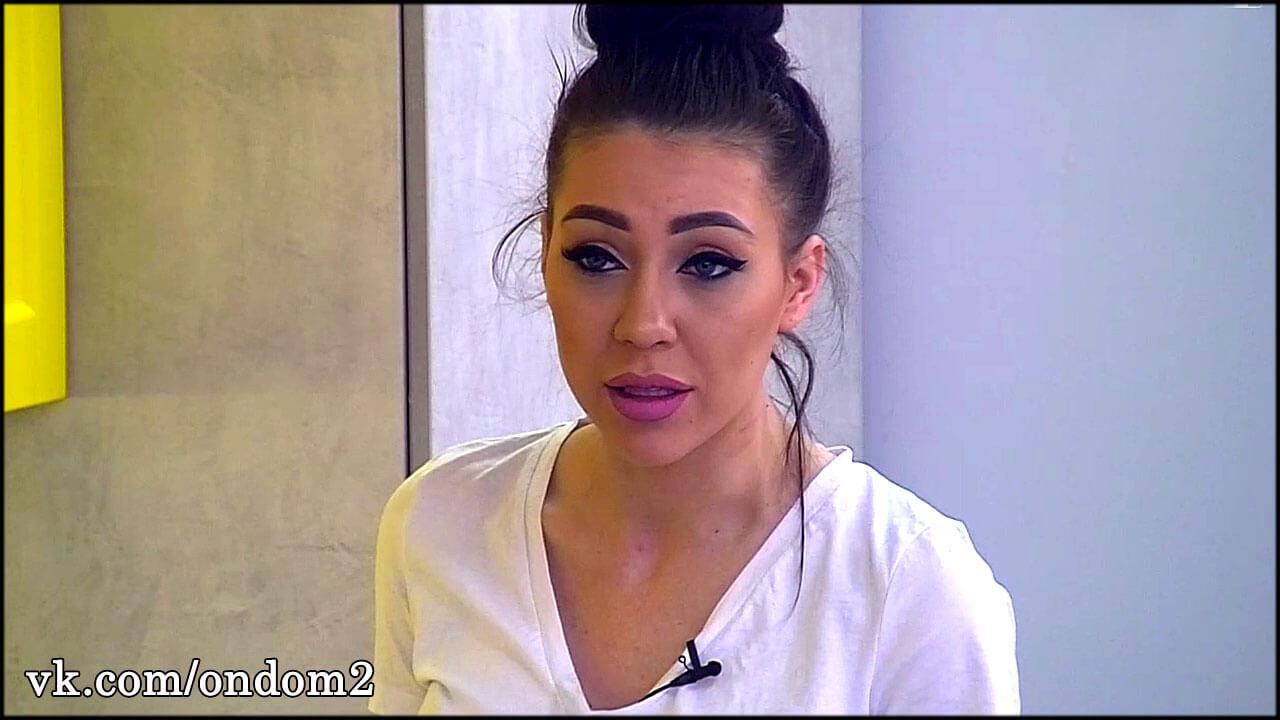 Музыкант, которому изменила Алёна Савкина, слил её интимное видео